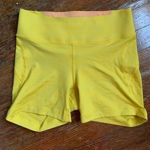 EUC - Outdoor Voices Tech Sweat Shorts 5 in
